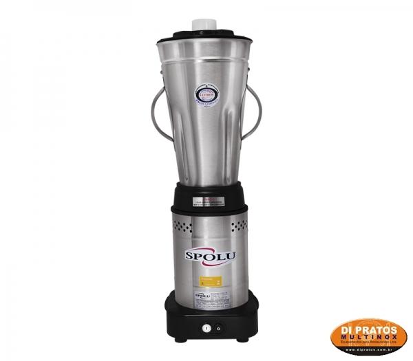 Liquidificador profissional com copo de 6 litros